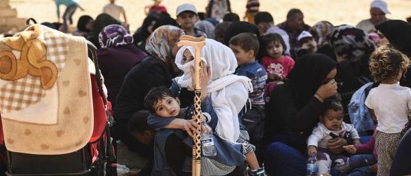 7d122d15178ef ذكرت وسائل إعلام سورية، أنّ أكثر من 100 ألف مدني معظمهم من الأطفال والنساء  من محافظتي إدلب وحماة شمالي ووسط سوريا، تم تهجيرهم منذ بداية الحملة  العسكرية ...